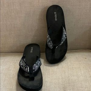 Teva Wedge flip flop women's 9